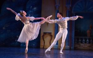 BWW Reviews:New York Theatre Ballet's CINDERELLA at Florence Gould Hall<br />